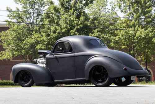 Willys Custom Coupe (1941)