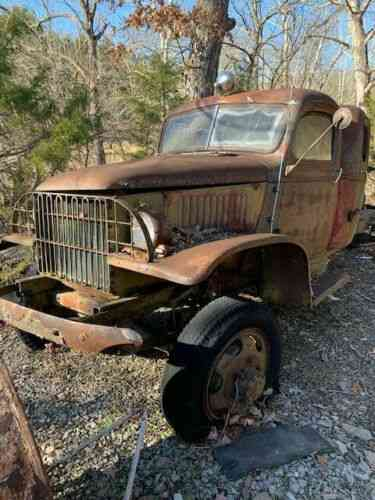 No Rust 2 1942 Chevy 4wd Trucks Cab Clear Title S Rare Used
