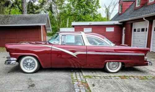 Ford Crown Victoria Custom, Ford 292 engine, decromed, continental kit   (1956)
