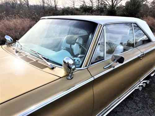 Chrysler 300 Automatic 3-Speed RWD V8 5 7L Gasoline (1965)