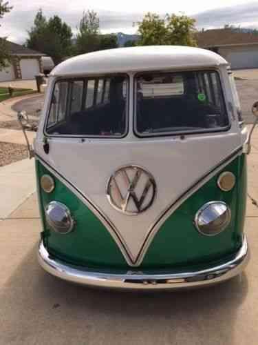 Volkswagen Bus Vanagon Deluxe 1965 Vw Deluxe 13 Window Walk
