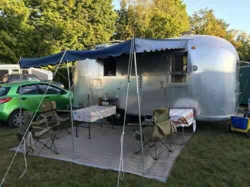 - 20 Foot AIRSTREAM Globetrotter - Vintage Camper (1966)