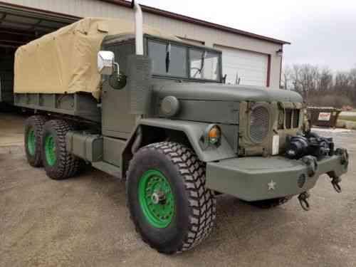 1972 M35A2 Duece and a half 2 1/2 Ton Military Truck