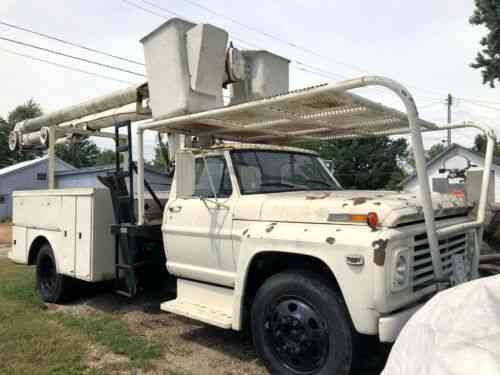 Ford F750 55 Foot Dual Bucket Boom Truck 1973 Up For Auction Vans Suvs And Trucks Cars