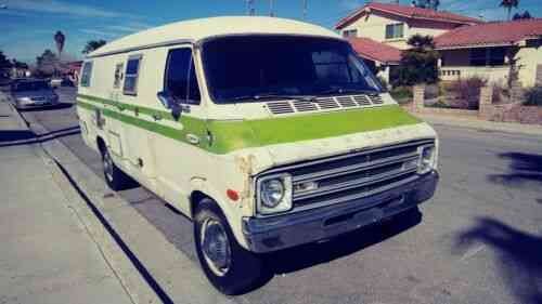 Dodge Xplorer (1977) Hey All You Van Lifers! Sink Your Claws