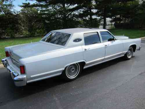 Lincoln Continental Town Car 1979 Lincoln Continental We At Used