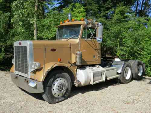 Peterbilt 359 (1982) Peterbilt359 With Big Cam 400 Cummins 30: Vans