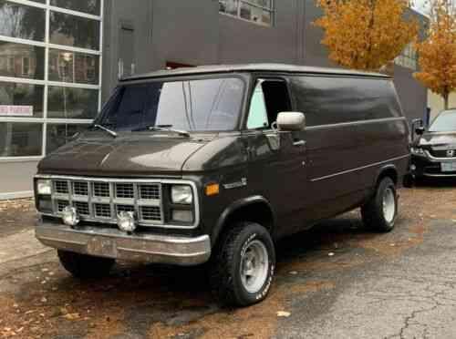 Gmc Vandura Cargo Boogie Van 6 2l Detroit Diesel Th400 Auto Vans Suvs And Trucks Cars