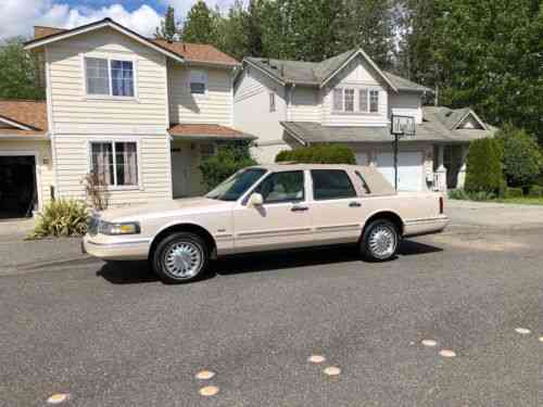 Lincoln Town Car Cartier 1996 This Is A Beautiful Lincoln Used