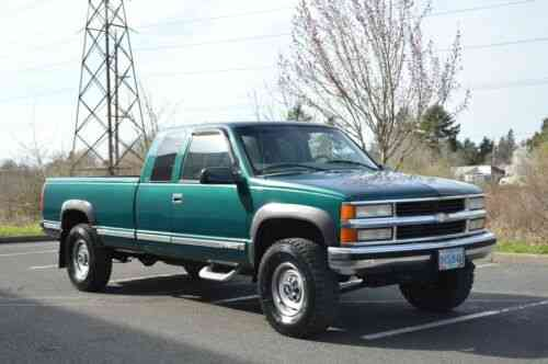 1 OWNER 97 CHEVROLET SILVERADO K2500 E CAB 4X4 LONG BED 454 ONLY 77,125  MILES!!