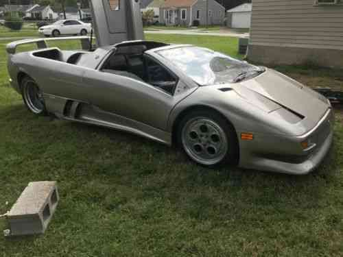 Replica Kit Makes Lamborghini Diablo Roadster Vt 1999 99 Ifg Used