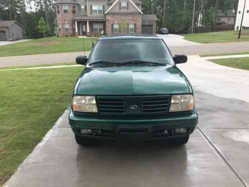 oldsmobile bravada 2000 used oldsmobile bravada awd 134k used classic cars carscoms com