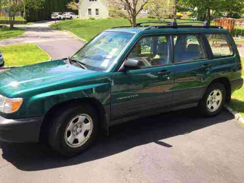 subaru forester suv green awd manual l 2001 about this used classic cars carscoms com