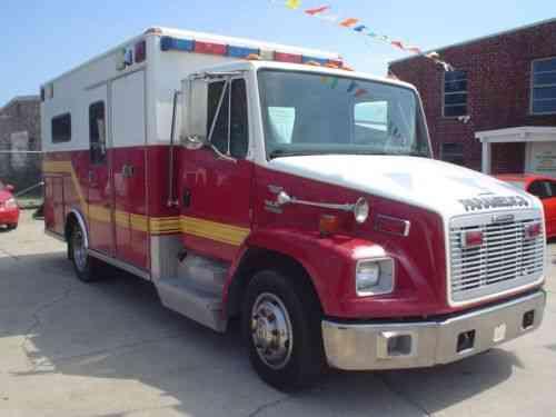 Freightliner FL60 (2003)