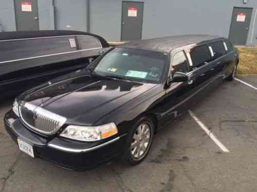 Lincoln Town Car Limousine 2003 Lincoln Town Car 120 Stretch Used