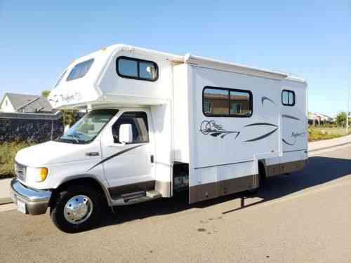 Bigfoot 25 C-10  6 Truck Camper Rv (2000) Bigfoot Truck Camper: Vans
