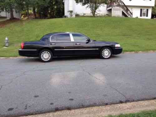 Lincoln Town Car Signature L 2005 Lincoln Town Signature L Used