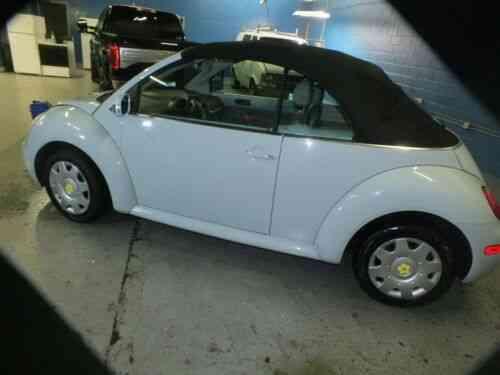 Volkswagen Beetle New Gl Convertible 2 Door 2005