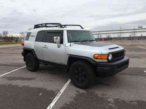 toyota fj cruiser trd edition 2007 up for sale is my used classic cars. Black Bedroom Furniture Sets. Home Design Ideas