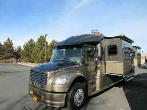 Dynamax Grand Sport M400-450hp (2006) True Auction No Reserve: Vans