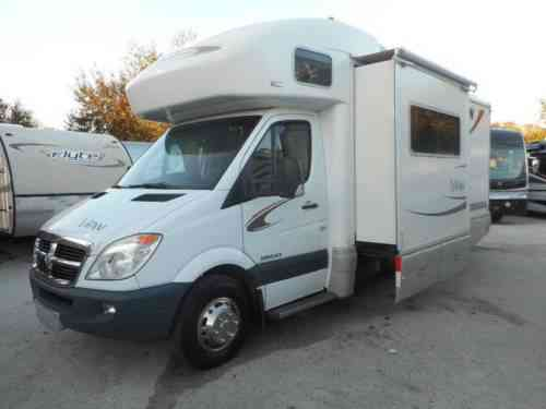Winnebago View 24H (2008)