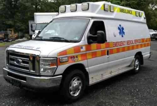 Ford E-350 (2009)