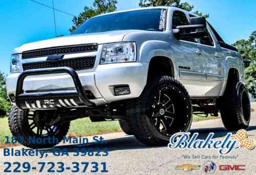 Chevrolet Avalanche Lt 2010 855 816 9226 Chevrolet Used Classic Cars
