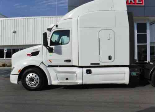 Peterbilt 579 Used Sleeper -Ultrashift Plus - APU - 63 SLEEPER, ROAD READY  (2014)