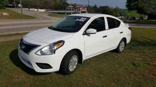 nissan versa 1 6 s plus 2016 nearly new nissan versa used classic cars. Black Bedroom Furniture Sets. Home Design Ideas