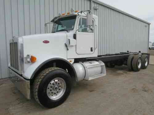365 PETERBILT C13 CAT CAB CHASSIS TANDEM AXLE STRAIGHT FRAME LOW MILEAGE  TRUCK