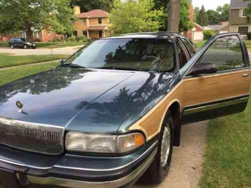 Buick Roadmaster Estate Wagon Collector S Edition 1996