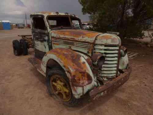 Diamond T 1947 Diamond T Truck Engine Turns Over Has Rust Vans