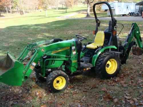 John Deere 2320 Diesel Tractor, 24HP, 4x4, Hydro, 1259 HR, Loader