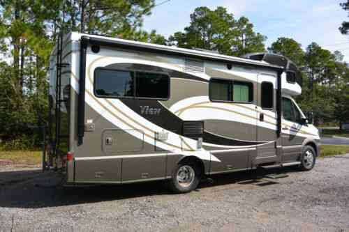 Vans, SUVs, and Trucks Winnebago Winnebago View 24J Camper