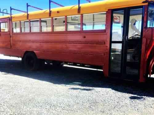Skoolie - Bus Conversion International School Bus – Skoolie